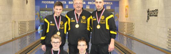 Ekipi Adrie in Pivke do naslova ekipni prvakov pri mlajših članih
